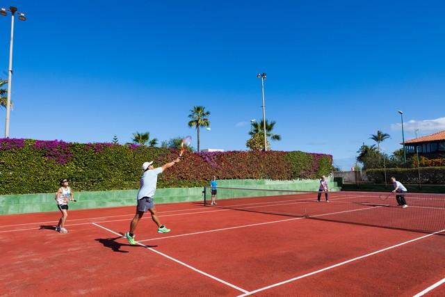 B_171_TFSINT_tennis